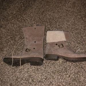 Shoe dazzle fuzzy\velvet shoes